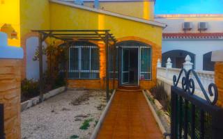 Villa de 3 chambres à Benijófar - RIK115867