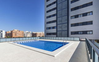 4 bedroom Apartment in Arenales del Sol  - US6914