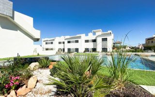 3 bedroom Apartment in Mil Palmeras  - SR7920