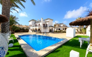 2 bedroom Apartment in Mil Palmeras  - SR114451