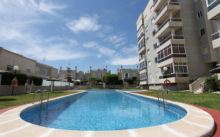 2 bedroom Apartment in Playa Flamenca  - TR114340