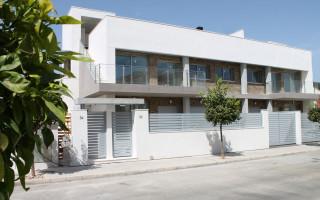 3 bedroom Apartment in Torrevieja  - SE116234