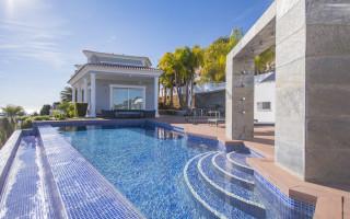 3 bedroom Penthouse in Villajoyosa - QUA117741