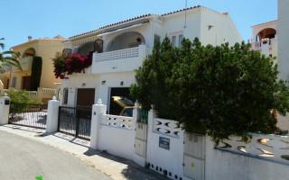 2 bedroom Bungalow in Torrevieja - IM114103