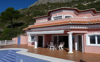 2 bedroom Apartment in La Mata  - OLE114149