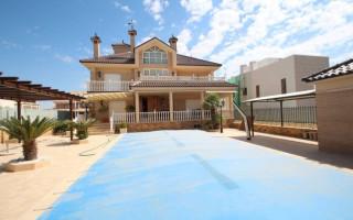 2 bedroom Apartment in Los Guardianes - OI8583