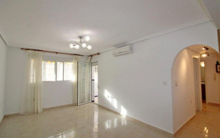 3 bedroom Apartment in San Miguel de Salinas  - SM114683