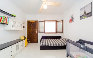 4 bedroom Apartment in Torrevieja - GDO2742