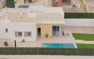 3 bedroom Apartment in Villamartin  - TRI114859