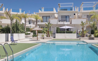 2 bedroom Apartment in Playa Flamenca  - TR114337