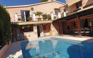 2 bedroom Bungalow in Torrevieja - IM114107