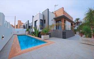 Penthouse de 2 chambres à Punta Prima - NS115771
