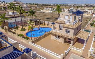 Appartement de 1 chambre à Torrevieja - AGI115601