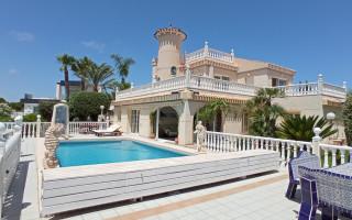 Appartement de 2 chambres à Arenales del Sol - TM116879