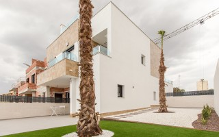 Appartement de 3 chambres à Torrevieja - ERF115840