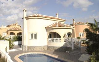 Appartement de 3 chambres à Torrevieja - AGI5943