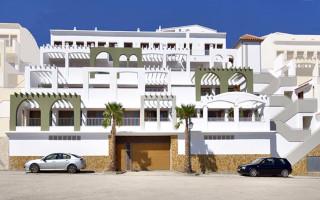 Villa de 3 chambres à Pilar de la Horadada - RP8070