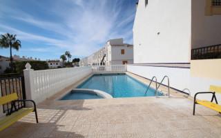 Townhouse de 3 chambres à Pilar de la Horadada - CV113907