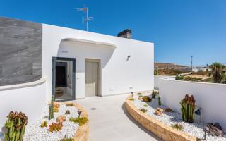 Penthouse de 2 chambres à Torrevieja - AGI115583