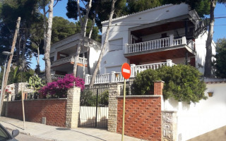 Penthouse de 2 chambres à Torrevieja - AG2927