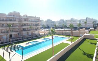 Penthouse cu 3 dormitoare în Villamartin  - NS114487