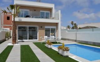 3 bedroom Apartment in Torrevieja  - PT8381