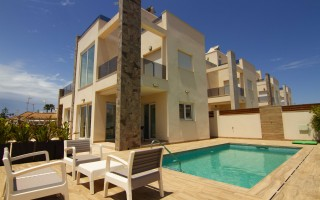 3 bedroom Apartment in Elche  - US6929
