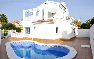 3 bedroom Apartment in Elche  - US6912