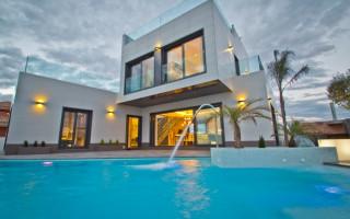 3 bedroom Apartment in Guardamar del Segura  - AT115134