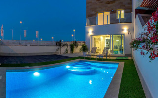Vilă cu 3 dormitoare în San Pedro del Pinatar  - RBA1111575