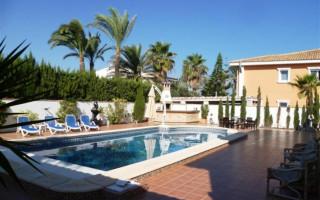 Villa de 3 chambres à Ciudad Quesada - ER8338