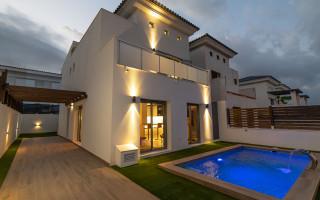 Villa de 4 chambres à Villamartin - AG6086