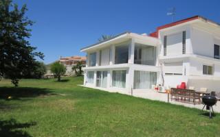 Villa de 3 habitaciones en Ciudad Quesada  - RIK115882