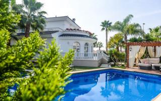 Villa de 3 habitaciones en Los Alcázares  - SGN8680