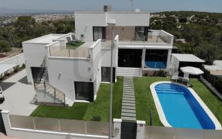Villa de 3 habitaciones en San Pedro del Pinatar  - RBA1111575