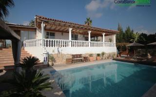 Villa de 4 chambres à Alfaz del Pi  - CGN177581