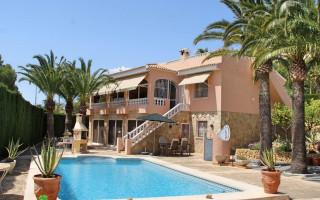 Villa de 4 chambres à Alfaz del Pi  - CGN177617