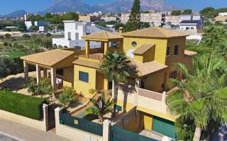 Villa de 5 chambres à Alfaz del Pi  - CGN177673