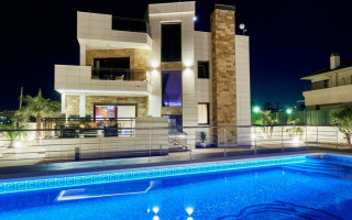 Villa de 5 chambres à La Mata  - CBH5762