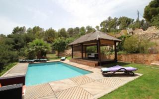 Villa de 5 habitaciones en Callosa de Ensarriá  - CGN177681