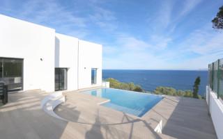 Villa de 5 habitaciones en Dénia  - MLC1112307