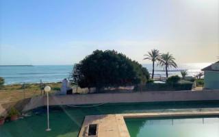 Villa de 5 habitaciones en Torrevieja  - TT101315