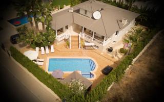 Villa de 7 chambres à Alfaz del Pi - CGN183645