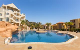 Villa de 4 chambres à Guardamar del Segura - AT8696