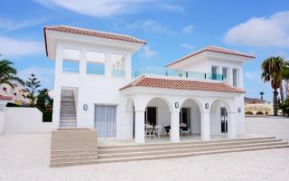 Villa in Guardamar del Segura, 3 Schlafzimmer - SL7189