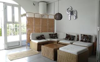 3 bedroom Villa in La Manga - AGI5800