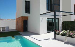 Villa de 3 habitaciones en Benijófar  - M5990