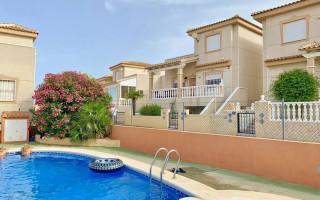 Villas en Ciudad Quesada, 4 dormitorios, 152 m<sup>2</sup> - BEV117541