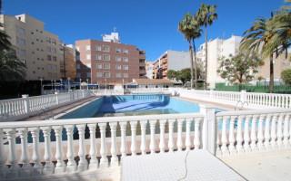 Villas en Santiago de la Ribera, hasta la playa 1000 m - WHG113949