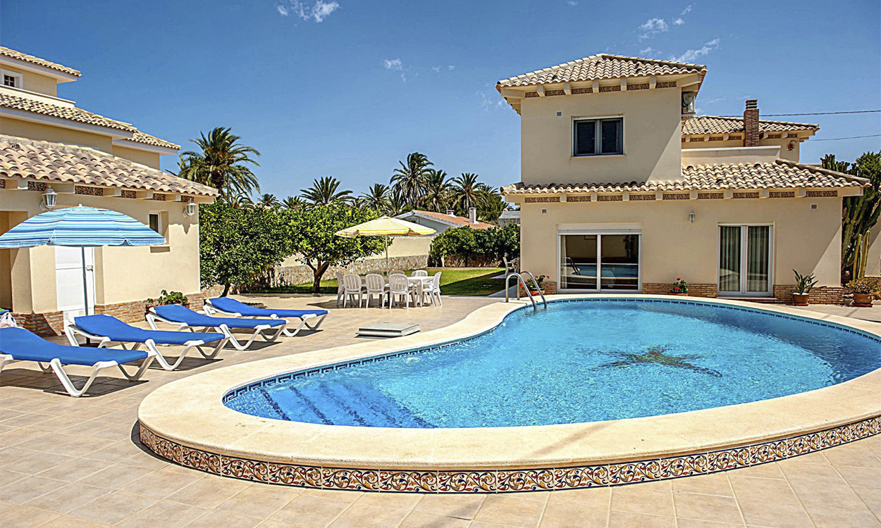 Buy a villa on Costa Blanca